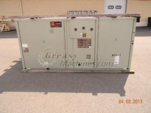 Trane Voyager II™ 12-1/2 ton packaged unitary Gas/Electric
